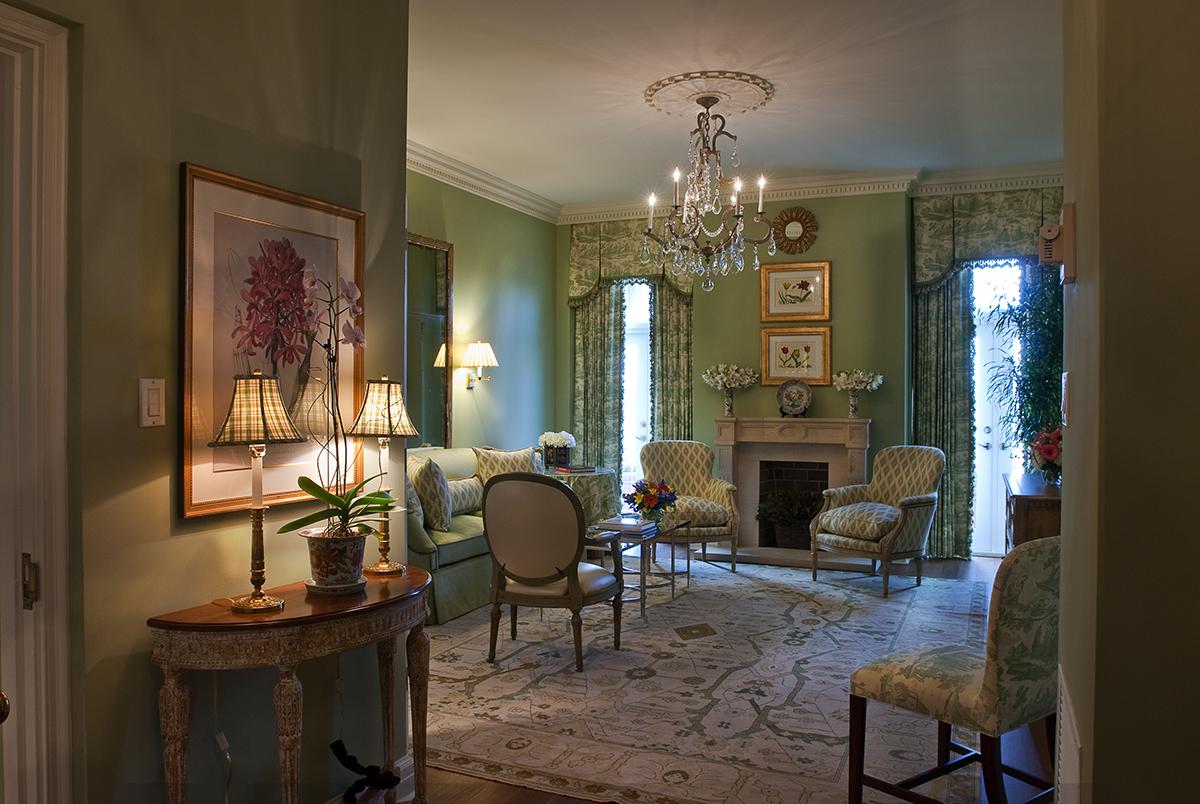 Ernest Hemingway_Living Room